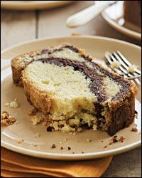 Like the idea but would use my tried and true pound cake recipe. Nutella-Swirl Pound Cake Recipe on Food & Wine Fall Dessert Recipes, Fall Desserts, Just Desserts, Delicious Desserts, Yummy Food, Picnic Desserts, Dessert Healthy, Party Desserts, Nutella Recipes