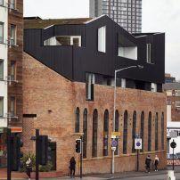 Restaurant in Sheffield von project orange / Parasit auf dem Dach - Architektur und Architekten - News / Meldungen / Nachrichten - BauNetz.de