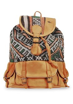 Each Kiboots backpack is handmade and combines our genuine premium leather with authentic handwoven kilim rugs