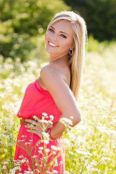 Pretty senior photo in a flower field