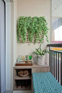 You can make a big statement with something small. These 5 super cool, small backyard and garden design ideas make the perfect examples. Small Balcony Garden, Small Balcony Decor, Small Space Gardening, Balcony Design, Balcony Ideas, Small Balconies, Garden Design, Apartment Balcony Decorating, Interior Decorating