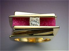 Unique woman's ring with Diamond & Pink Druse (Image1)