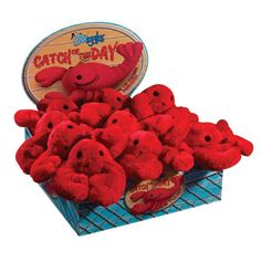 Lobster dog toys??? Yes, please!