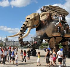 !! Les Machines de l'Île... The project is a combination of the 'invented worlds' of Jules Verne, the mechanical universe of Leonardo da Vinci and the industrial history of Nantes, all located on the site where the shipyard activities of Nantes used to be.