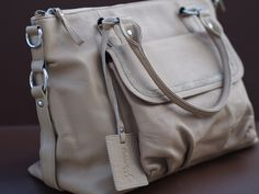 Boowiggie Lily genuine #leather #nappybag in latte. $169.95 at www.boowiggie.com.au