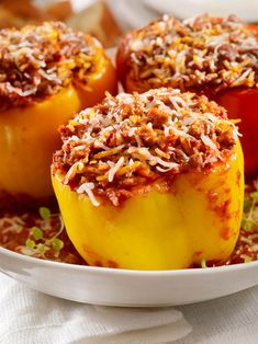 Make dinner easy tonight with this Stuffed Pepper recipe from Schnucks. This tasty, healthy and easy weeknight dinner will help you get through the week. Beef Recipes, Cooking Recipes, Healthy Recipes, Healthy Food, Healthy Eating, Beef Meals, Cheap Recipes, Kitchen Recipes, Yummy Recipes