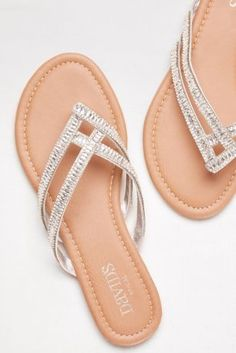 Is Dressy Flip Flops For Beach Wedding Any Good? Ten Ways You Can Be Certain - Is Dressy Flip Flops For Beach Wedding Any Good? Ten Ways You Can Be Certain - dressy flip flops for beach wedding Bridesmaid Flip Flops, Bridesmaids Heels, Wedding Flip Flops, Sandals Outfit Summer, Cute Sandals, Summer Shoes, Dressy Flat Sandals, Pretty Shoes, Beautiful Shoes