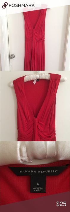 Selling this Jersey knit below knee red dress on Poshmark! My username is: kgleigh18. #shopmycloset #poshmark #fashion #shopping #style #forsale #Banana Republic #Dresses & Skirts