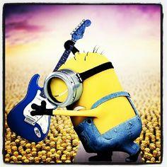 Play it loud and play it long minion cute minions, evil minions, minions Minion Rock, Minion 2, Evil Minions, Cute Minions, Minions Despicable Me, Minion Stuff, Yellow Guy, Purple Minions, Hysterically Funny