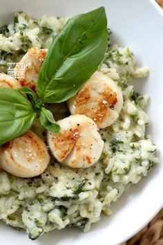 Creamy Risotto with Spinach *Scappops by pimentoiseau.canalblog #Scallops #Risotto #Spinach