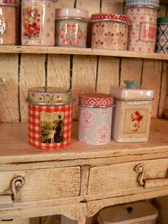 Jars of dollhouse kitchen - Tin can