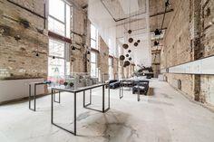 A space temporary showroom, Berlino, plajer & franz studio