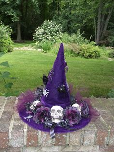 Purple Witch Hat Skulls and Spiders Witch Hat Velveteen Witch Hat By English Rose Designs Oh Fröhliches Halloween, Samhain Halloween, Holidays Halloween, Halloween Decorations, Witches Night Out, Witch Party, Fantasias Halloween, Witch Costumes, Holiday Fun