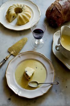 The Granny Lunch -- Manger - Mimi Thorisson- Farmer's Potato Soup, Endives au Jambon, Semolina Raisin Cake with Creme Anglaise Raisin Cake, Semolina Cake, Le Diner, Love Food, Food Inspiration, Cravings, Food Photography, Food Porn, Dessert Recipes