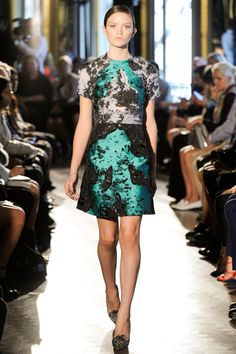 Michael van der Ham Spring 2014 RTW - Review - Fashion Week - Runway, Fashion Shows and Collections - Vogue