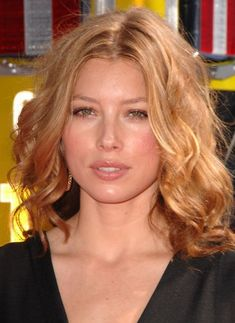 Check out production photos, hot pictures, movie images of Jessica Biel and more from Rotten Tomatoes' celebrity gallery! Celebrity Gallery, Rotten Tomatoes, Jessica Biel, Physique, Actors & Actresses, Beautiful Women, Hollywood, Celebrities, Pictures