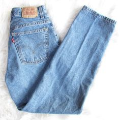 mint condition, size: 8M, high waisted