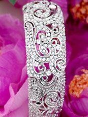 Bridal Bracelets | Crystal Wedding Bangle Vintage Style  http://www.2-be-unique.com/Crystal-Wedding-Bangle-Vintage-Style.html
