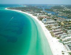 Siesta Key, the best beach in Florida! Siesta Key Florida, Siesta Key Beach, Sarasota Florida, Florida Vacation, Florida Travel, Florida Beaches, Vacation Spots, Florida Usa, Dream Vacations