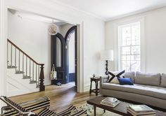 An Unfussy Brooklyn Brownstone Remodel from Architect Elizabeth Roberts Brownstone Interiors, Townhouse Interior, Townhouse Designs, London Townhouse, London Apartment, Apartment Ideas, Brooklyn Brownstone, Architecture Design, Elizabeth Roberts