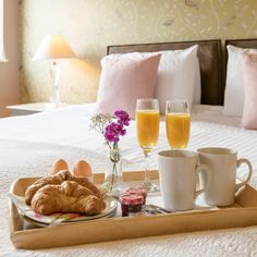 For mum or for your wife. When it is all over enjoy breakfast in bed in your five-star standard lodge. This is Louis lodge at Brompton Lakes. How To Make Breakfast, Breakfast In Bed, Lakeside Lodge, Unique Wedding Venues, Brompton, North Yorkshire, Lodges, Luxury Homes, Relax