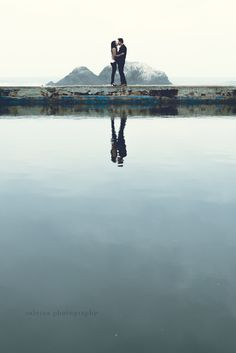 Gorgeous Engagement Session in San Francisco Ocean Side - Sutra Baths