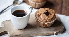 I muffin vegani al caffè sono un dolce ideale per la colazione ma anche per una merenda ricca di sapore.