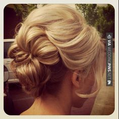 Hairstyles for weddings - romantic, loose updo | CHECK OUT MORE GREAT WEDDING HAIRSTYLES AND WEDDING HAIRSTYLE IDEAS AT WEDDINGPINS.NET | #weddings #hair #weddinghair #weddinghairstyles #hairstyles #events #forweddings #iloveweddings #romance #beauty #planners #fashion #weddingphotos #weddingpictures