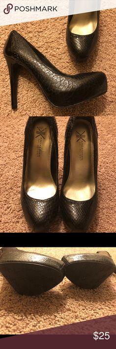 Kardashian Collection black heels pump Black heels pump, looks brand new. Only used twice Kardashian Kollection Shoes Heels