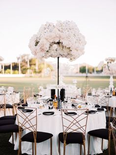 We are saying hello to glitz and glam after this black and white wedding at Hummingbirds Nest Ranch in Los Angeles wedding vendors have outdone themselves with this bold and daring reception look! Glamorous Wedding, Chic Wedding, Tent Wedding, Dream Wedding, Wedding Reception Decorations, Wedding Centerpieces, Aisle Decorations, Ideas Decoracion Salon, Ideas Bodas