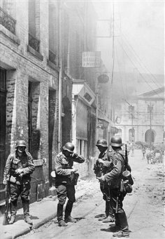 campaign in the west (battle of France) 1940 (10.05.-): German soldiers in Maubeuge (Sambre) short time after occupation of town - pin by Paolo Marzioli