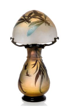 EMILE GALLÉ (1846-1904)  LIBELLULE CAMEO LAMP, CIRCA 1900.  Glass, overlaid and acid-etched, with brass mount.