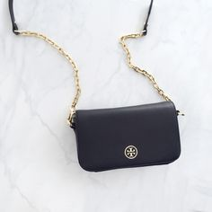 Looking for a gorgeous handbag but don't want to break the bank? Try Tradesy. It's where millions of women come together to sell and buy from each other directly from their closets. Score a special treasure *and* a great deal. See for yourself.
