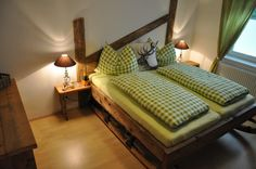 Gletschersonne Ferienchalets | Gletschersonne Salzburg, Bed, Furniture, Home Decor, Decoration Home, Stream Bed, Room Decor, Home Furnishings, Beds