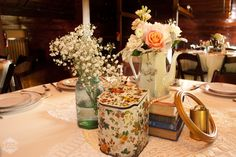 Vintage Wedding Tablescapes from Howell Family FarmsWedding - Blog - RENT MY DUST Vintage Rentals