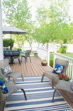 outdoor seating area2.....Sephavia rug I like.  Inexpensive?