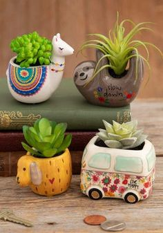 Natural Life's unique boho treasures make the perfect gifts for the most important people in your life! See all of our most-loved and irresistible home decor gifts today! Hanging Succulents, Faux Succulents, House Plants Decor, Plant Decor, Mini Vasos, Deco Floral, Tiny Treasures, Natural Life, Clay Crafts