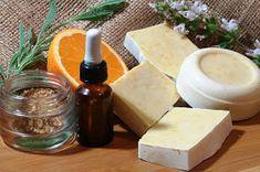 Χειροποίημα: ΣΑΠΟΥΝΙ με πορτοκάλι Back To Nature, Home Made Soap, Natural Cosmetics, Soap Making, Feta, Diy And Crafts, Remedies, Health Fitness, Homemade