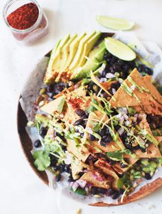 Chickpea Tortilla Nachos by mynewroots #Nachos #Chickpeas #Healthy