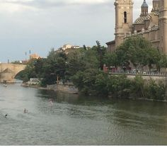 Inseparables en  #Zaragoza  #giantsquare 2/6 ver completo @davidjcc_zgz y  #igerszgz  #igersaragon #igerespaña  #igersspain #igersgallery #unpaseounafoto #instazaragoza #zaragozapaseando #zgzciudadana #zaragozalive #hdr #hdr_pics  #hdr_captures  #hdrphotography  #love_hdr_colour #ig_hdr_dreams #hdr_lovers #streetphotography #street #cs_hdr #wow_hdr #HDR_photogram #world_besthdr #España #Aragón