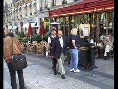 Mime suiveur des Champs Elysées - YouTube