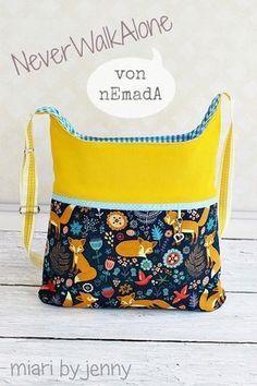 Freebook: Kostenloses Schnittmuster für die Tasche Never walk alone von mEmadA, genäht von miari