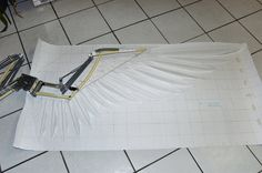 WIP articulated wings 2 by Mashayahana on DeviantArt Cosplay Wings, Cosplay Diy, Best Cosplay, Cosplay Costumes, Types Of Feathers, Large Feathers, Elf Kostüm, Diy Wings, Wings Design