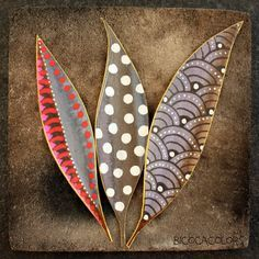Pattern on leaves. Good link to formal elements. Palm Frond Art, Palm Tree Art, Palm Fronds, Leaf Crafts, Fall Crafts, Arts And Crafts, Posca Art, Painted Leaves, Painting On Leaves