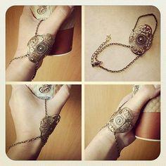 Andromache  Slave Bracelet Ring- style inspiration