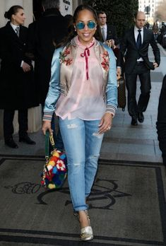 From New York to Paris Fashion Week, fashion diva extrodinaire Marjorie Harvey has done it again! Diva Fashion, Look Fashion, Fashion Outfits, Womens Fashion, Fashion Killa, Ladies Fashion, Unique Fashion, Street Fashion, Nicole Murphy