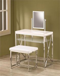 Check out the Chantal White Makeup Vanity Table Set to find a great deal on a makeup vanity table at the Vanity Table Shop. Dressing Table Modern, Modern Vanity Table, Vanity Table Set, Modern Makeup Mirrors, Decor Interior Design, Interior Decorating, Interior Ideas, Decorating Tips, Moving New House