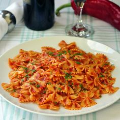 Hot or Cold Roasted Red Pepper Farfalle Salad - Rock Recipes