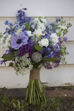 ... Queen Anne's Lace, purple Allium. Handle wrapped in twine. - Design by