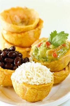 16 Delicious Plantain Recipes That Will Make Your Life Better Haitian Food Recipes, Cuban Recipes, Plantain Recipes, Banana Recipes, Comida Latina, Aperitivos Finger Food, Tapas, Boricua Recipes, Venezuelan Food